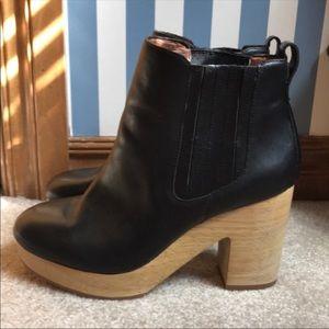 Madewell Macro Chelsea Boots